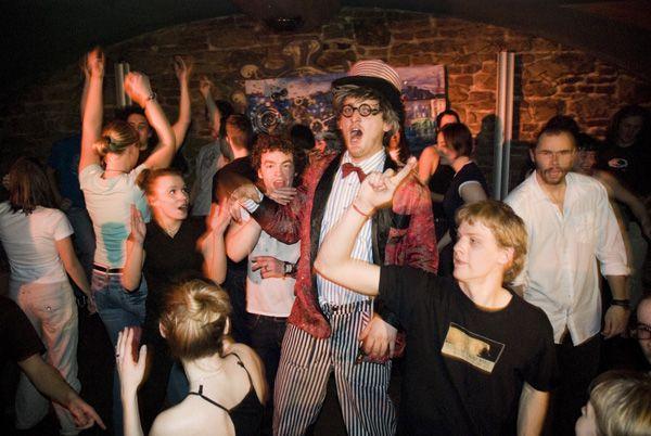 DJ na párty a svatbu